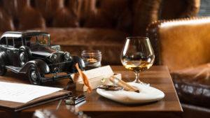 Wer mag, kann am Abend in der Smoker Lounge bei einem exquisiten Cognac und einer wundervollen Zigarre den Tag ausklingen lassen.