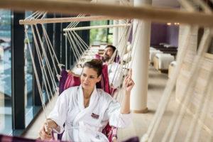Im 1'700 m2 grossen Sky Spa Wellness-Bereich über den Dächern von Sölden lässt es sich herrlich entspannen.
