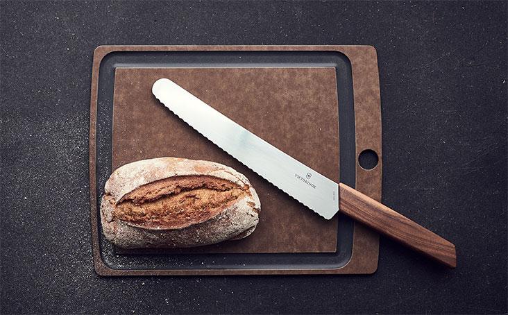 Brot und Konditor-Messer der Victorinox Messerserie Swiss Modern.