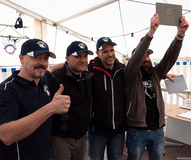 Kategorie Porc, Rang 2: The Barktenders aus Italien.