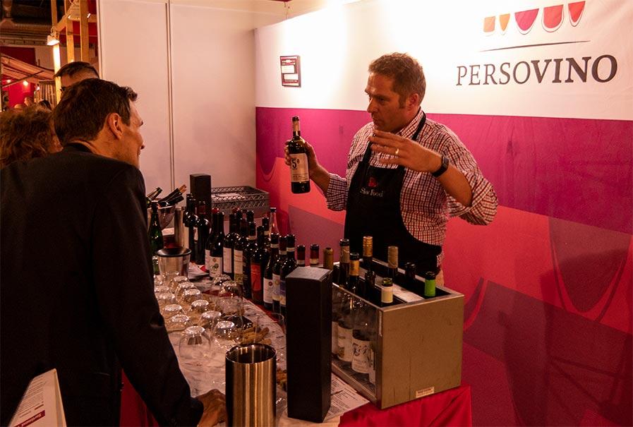 Beeindruckt mit exorbitant guten Weinen und einem enormen Fachwissen: Jan Kux, Geschäftsführer der PersoVino aus Wigoltingen, Schweiz.